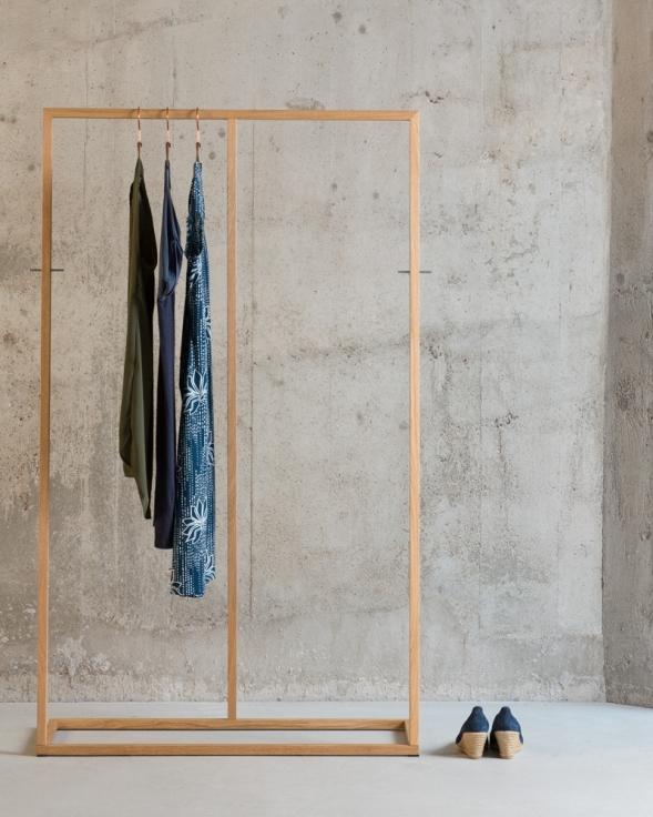 kleiderst nder garderobe. Black Bedroom Furniture Sets. Home Design Ideas